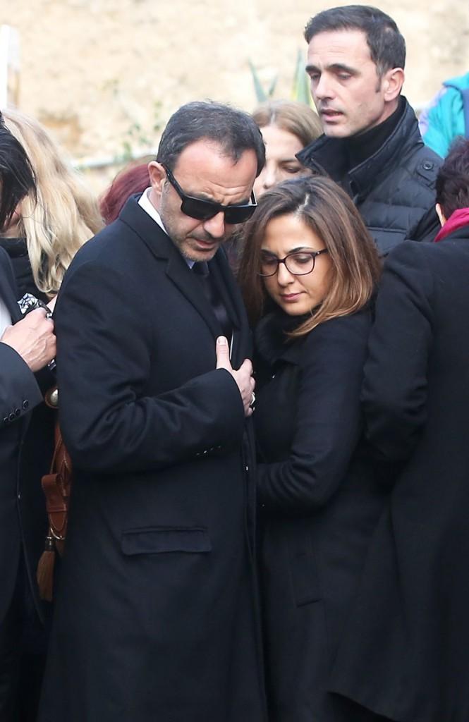 Nikos Aliagas avec sa soeur
