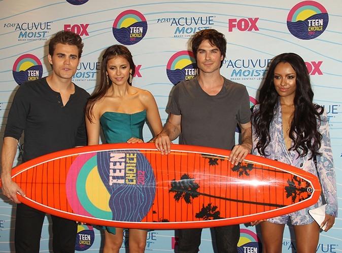 Aux côtés de Paul Wesley et de Kat Graham aux Teen Choice Awards, le 22 juillet 2012