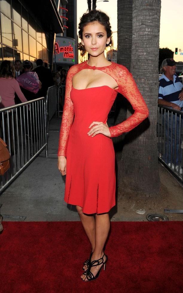 Nina Dobrev à l'avant-première de The Perks of Being A Wallflower à Los Angeles le 10 septembre 2012