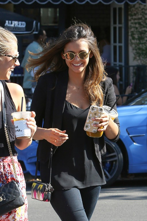Nina Dobrev à Los Angeles le 29 juillet 2015