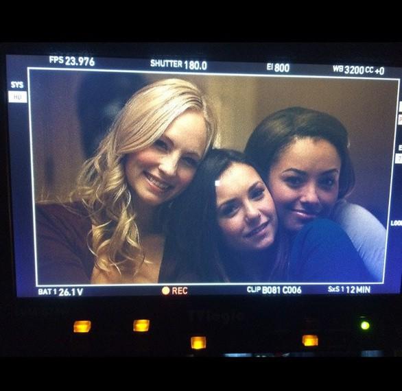 Nina Dobrev : ses adieux déchirants à la grande famille Vampire Diaries !