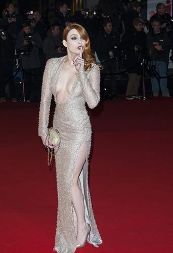 Élodie Frégé à Cannes le 14 décembre 2013
