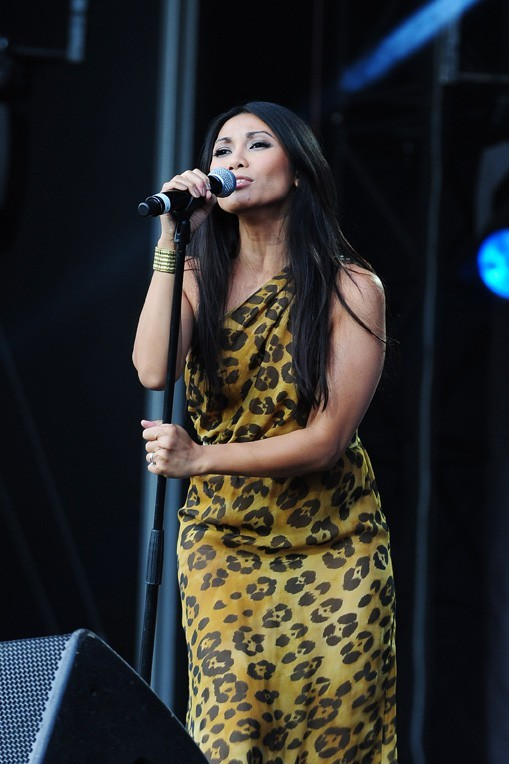 Anggun, sexy !