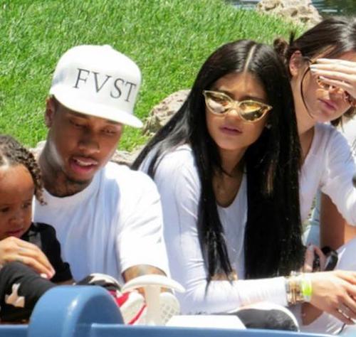 Tyga et Kylie Jenner à l'anniversaire de North West à Disney, le 15 juin 2015