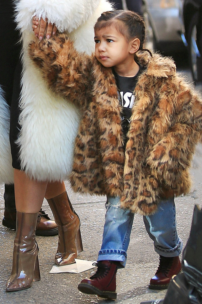 Photos : North West : la fourrure comme maman sinon rien !