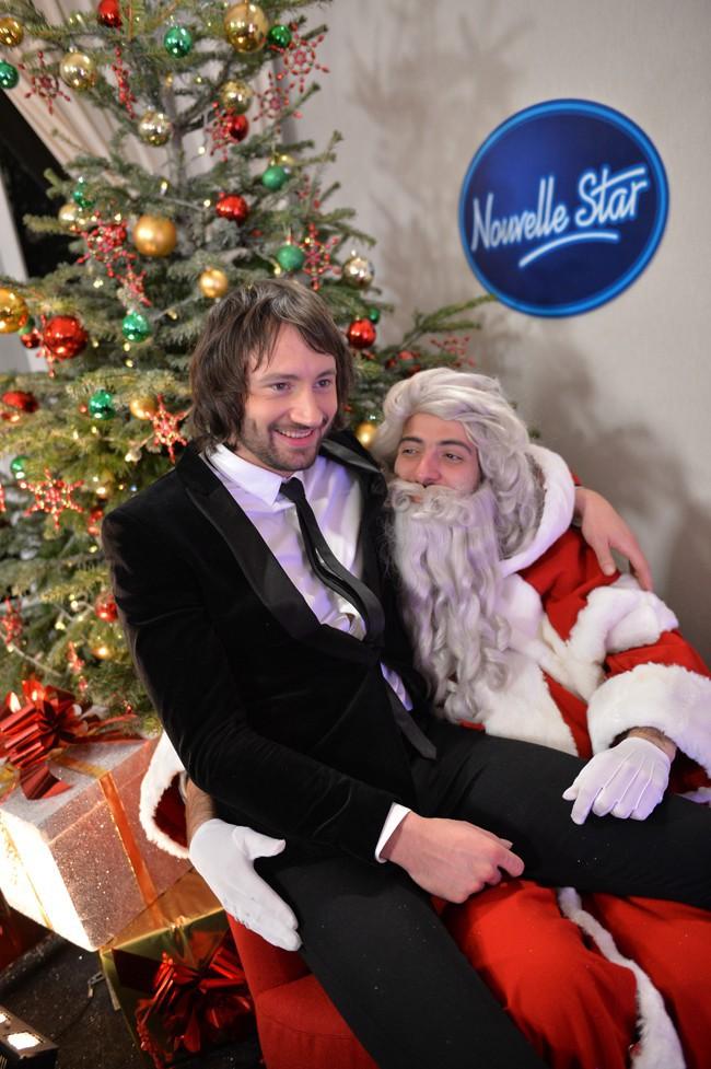 Philippe pendant l'enregistrement de la Nouvelle Star spécial Noël à Issy les Moulineaux le 16 décembre 2013