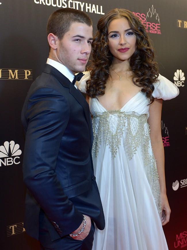 Nick Jonas et Olivia Culpo au concours de Miss Univers 2013, à Moscou, le 9 novembre 2013