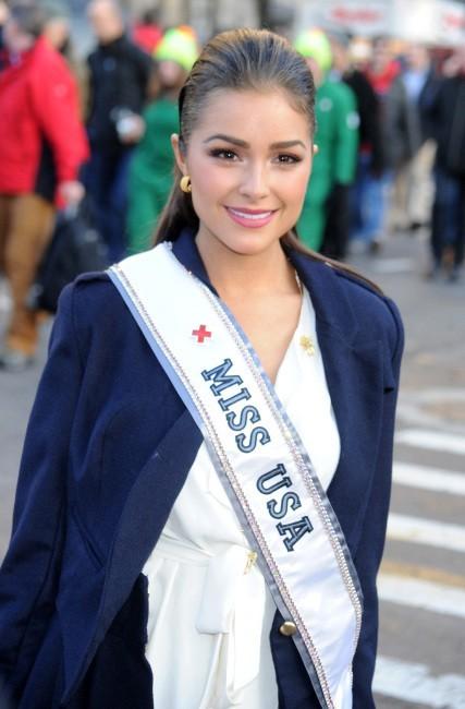 Olivia Culpo le 22 novembre 2012 à New York