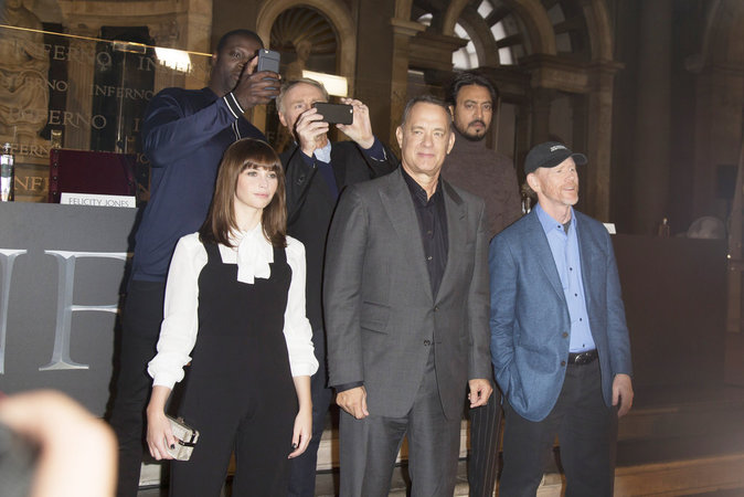 Omar Sy, Felicity Jones et Tom Hanks à Rome le 6 octobre 2016