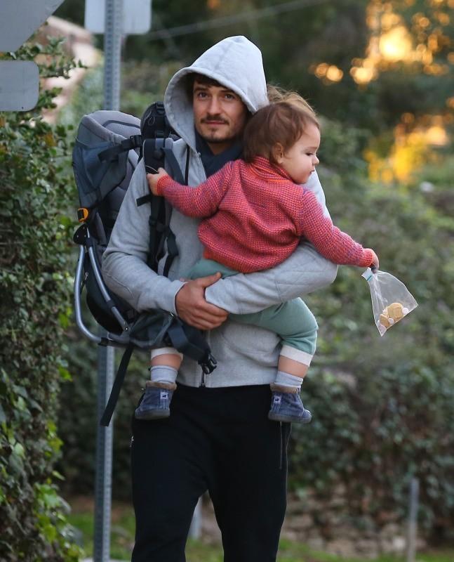 Orlando Bloom et Flynn le 2 janvier 2013 à Los Angeles