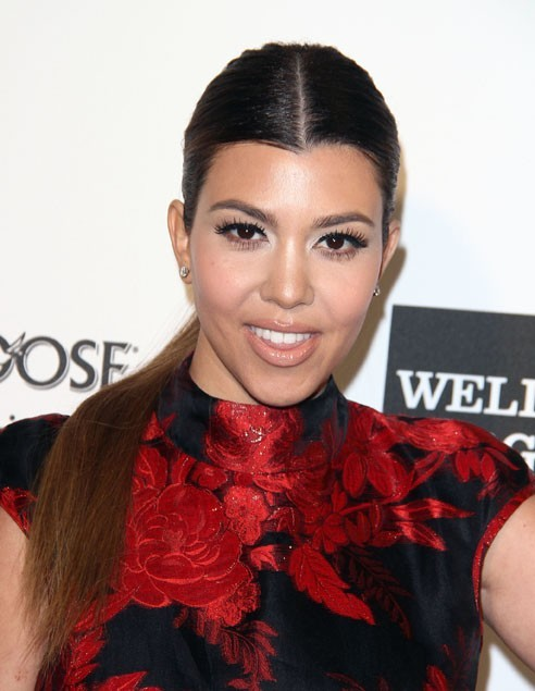 Kourtney Kardashian à la soirée caritative d'Elton John au Pacific Design Center de West Hollywood le 24 février 2013