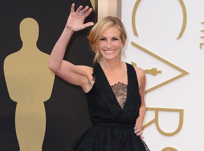 Oscars 2014 : Julia Roberts : radieuse pour marquer son premier tapis rouge en deux mois !