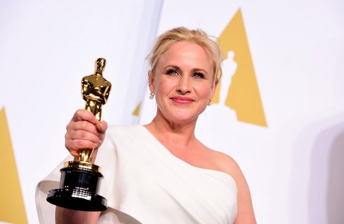 Oscars 2015 : Patricia Arquette : une actrice sacrée et engagée, son discours féministe salué par Meryl Streep !
