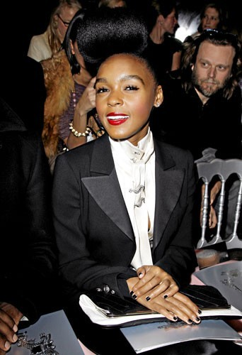 Fashion Week de Paris : Janelle Monáe au défilé Etam