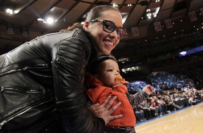 Alicia Keys est restée à New York le 25 décembre pour voir un match de basket !