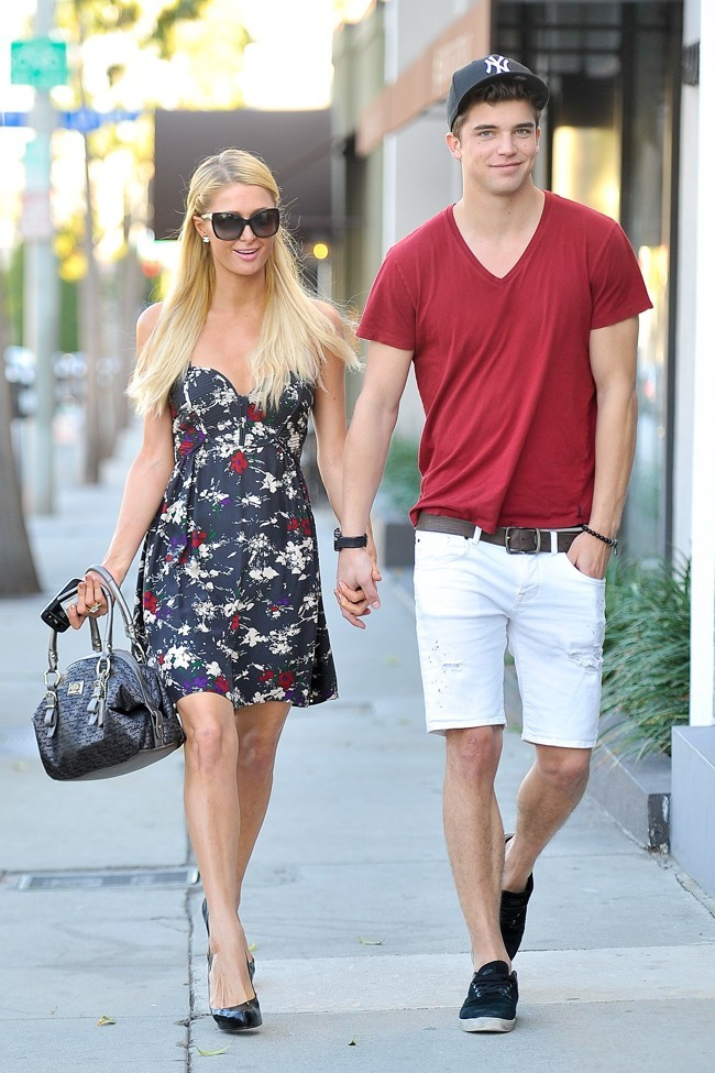 Paris Hilton et River Viiperi le 16 octobre 2012 à Los Angeles