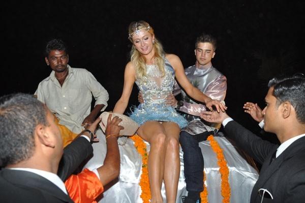 Paris Hilton en Inde le 1er décembre 2012