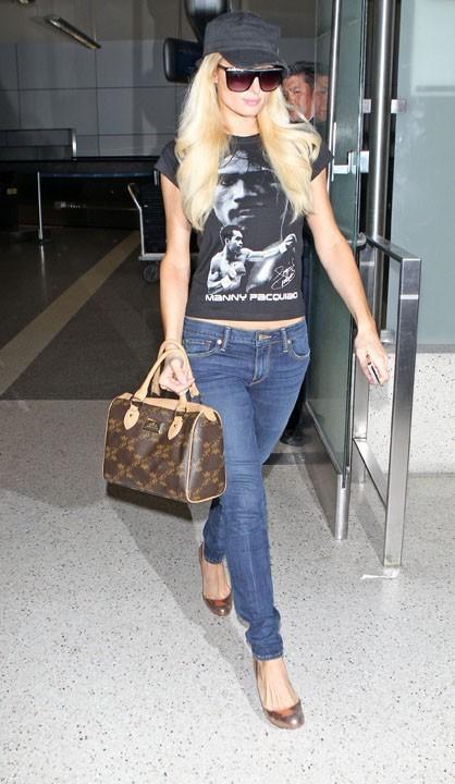Paris Hilton à l'aéroport de Los Angeles, le 19 août 2011.