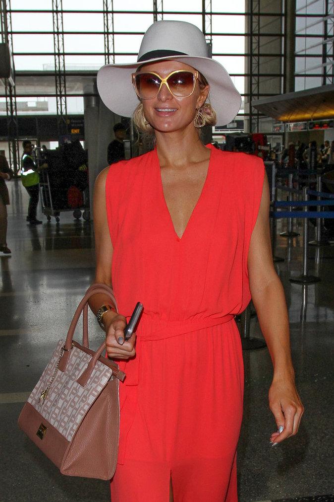 Paris Hilton :