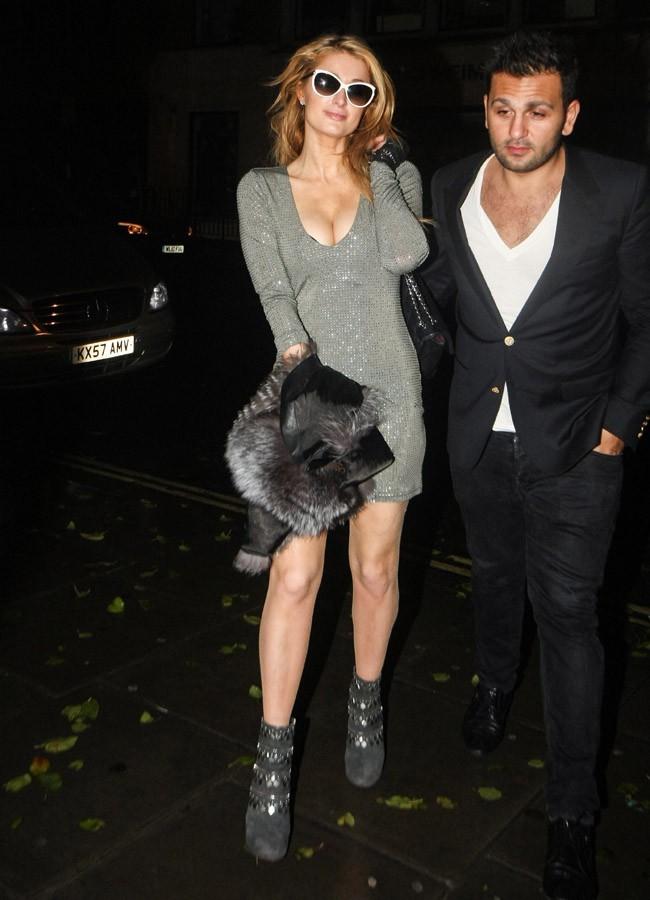 Paris Hilton à Londres le 16 décembre 2014