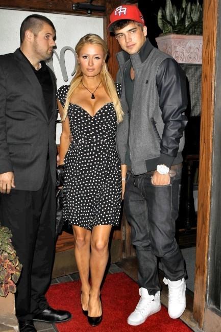 Paris Hilton et River Viiperi le 30 octobre 2012 à Los Angeles