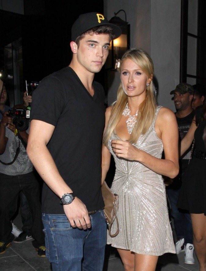 Paris Hilton et Rupert Viiperi, Beverly Hills, 17 octobre 2012.