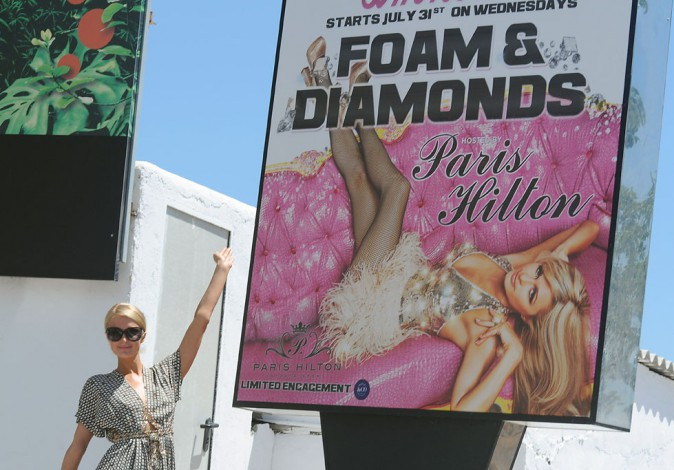 Paris Hilton à Ibiza le 31 juillet 2013