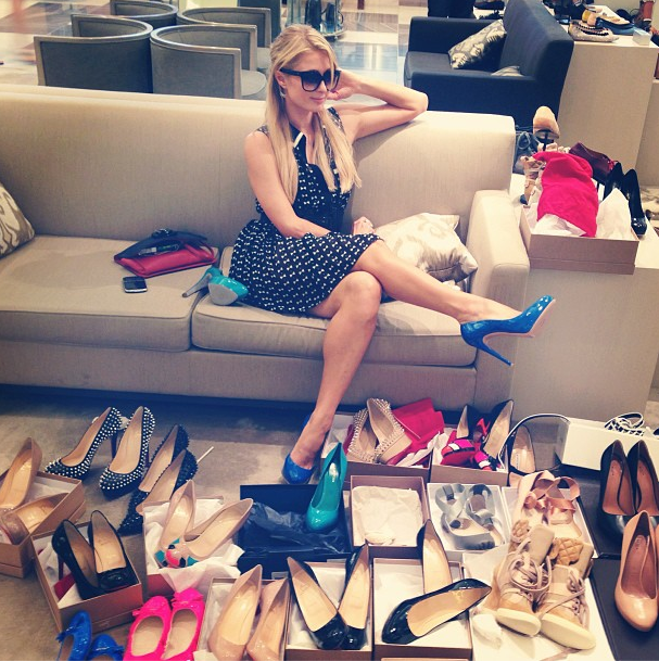 Paris Hilton en plein shopping chez Barney's