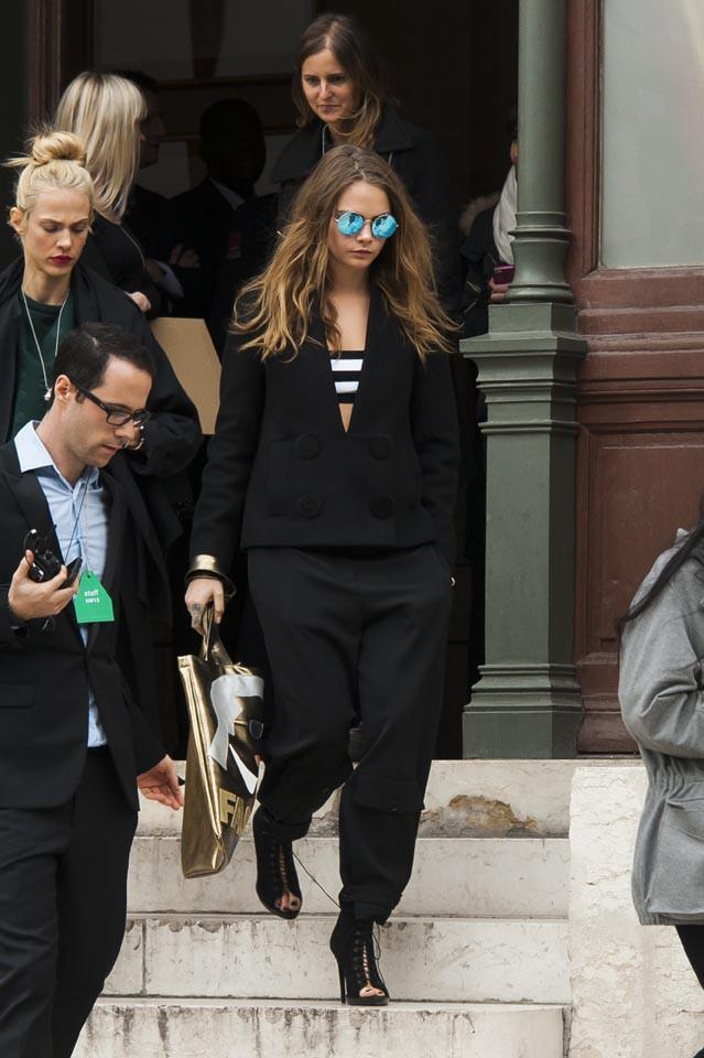 Cara Delevingne à Paris le 9 mars 2015