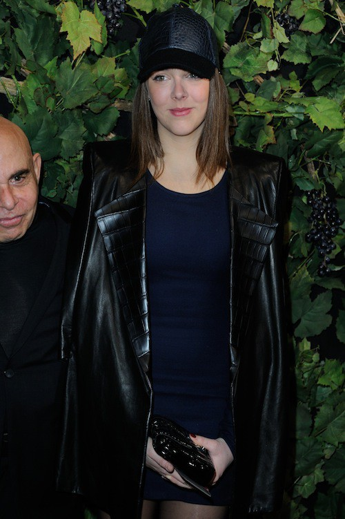 Photos : Pauline Ducruet : sexy en cuir, elle joue à cache cache avec sa casquette !