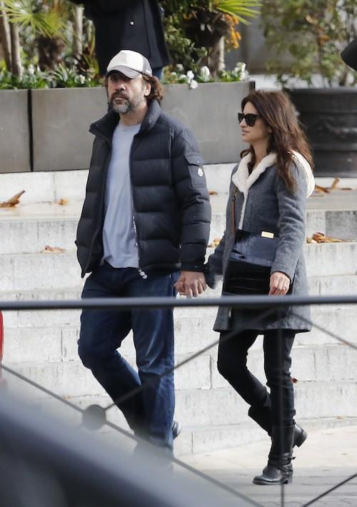 Photos : Penelope Cruz et Javier Bardem : incognitos en amoureux en Espagne !