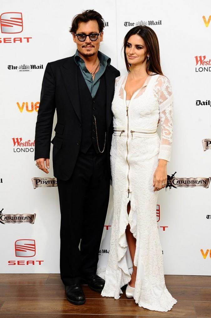 Penelope Cruz et Johnny Depp lors de l'avant-première londonienne de Pirates des Caraïbes 4, le 12 mai 2011.