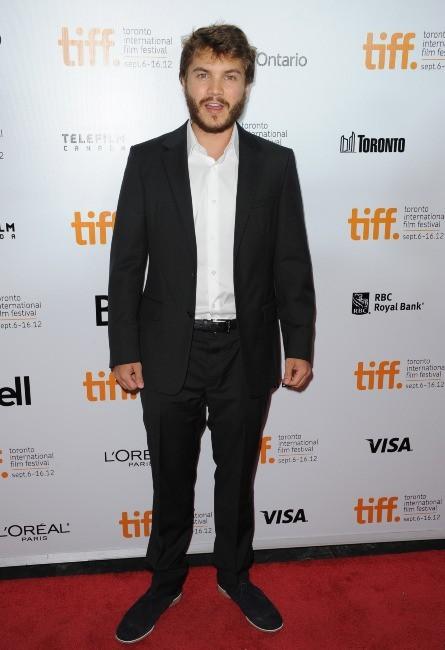 Emile Hirsch lors de la première du film Twice Born à Toronto, le 13 septembre 2012.