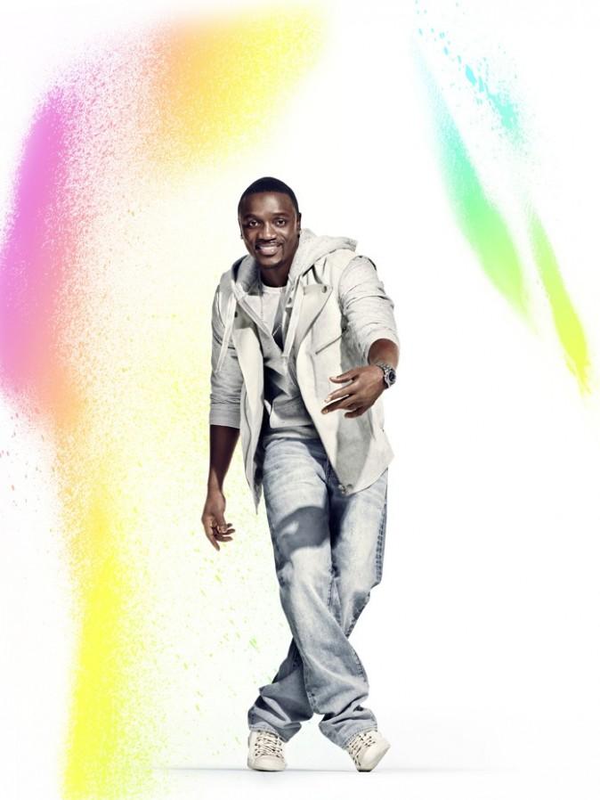 Le rappeur Akon aussi s'est montré généreux !