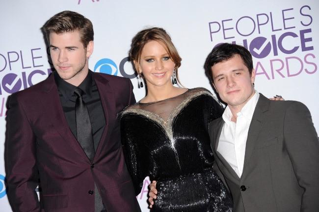 Jennifer Lawrence, Liam Hemsworth et Josh Hutcherson le 9 janvier 2013 à Los Angeles
