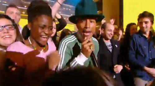 """Photos : Pharrell Williams : """"Il y a une histoire d'amour entre moi et la France"""" !"""