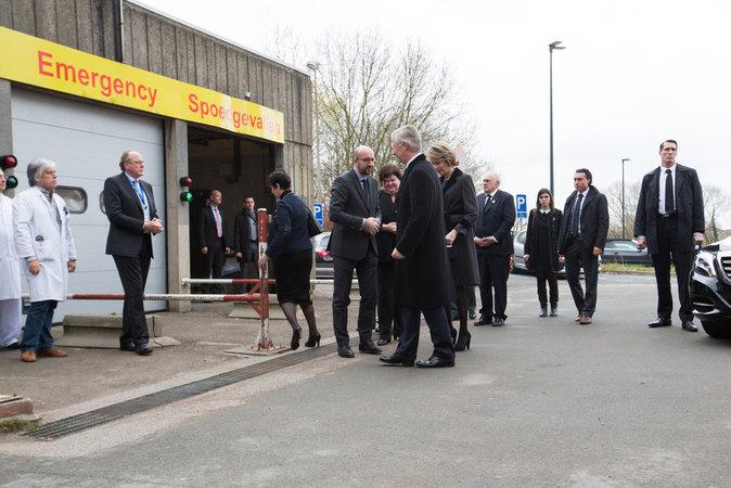 Photos : Philippe et Mathilde de Belgique au chevet des victimes des attentats de Bruxelles