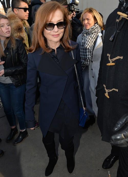 Isabelle Huppert au défilé Dior Homme le 24 janvier 2015