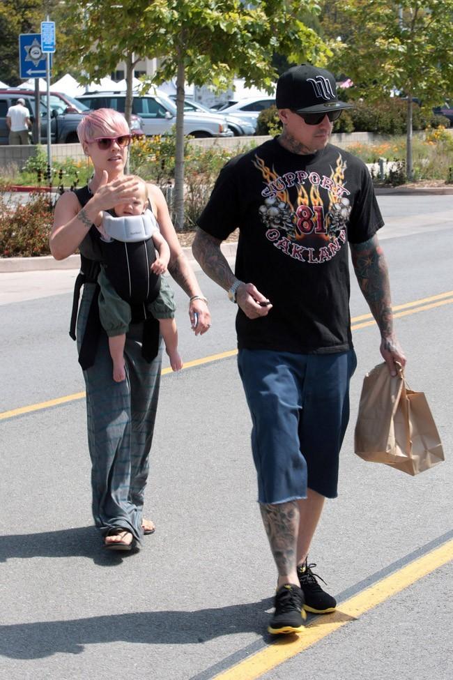 Pink et Willow Sage le 29 avril 2012 à Malibu