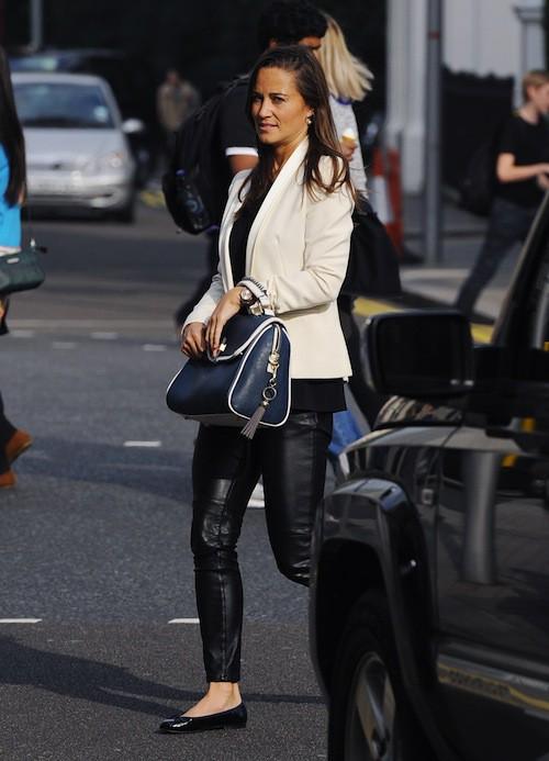 Photos : Pippa Middleton : elle s'encanaille (un peu) en osant le cuir !