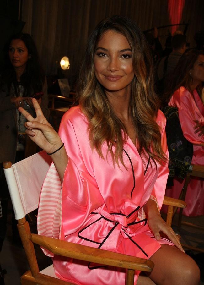 Dans les coulisses du défilé Victoria's Secret à New York le 7 novembre 2012 (Lily Aldridge)