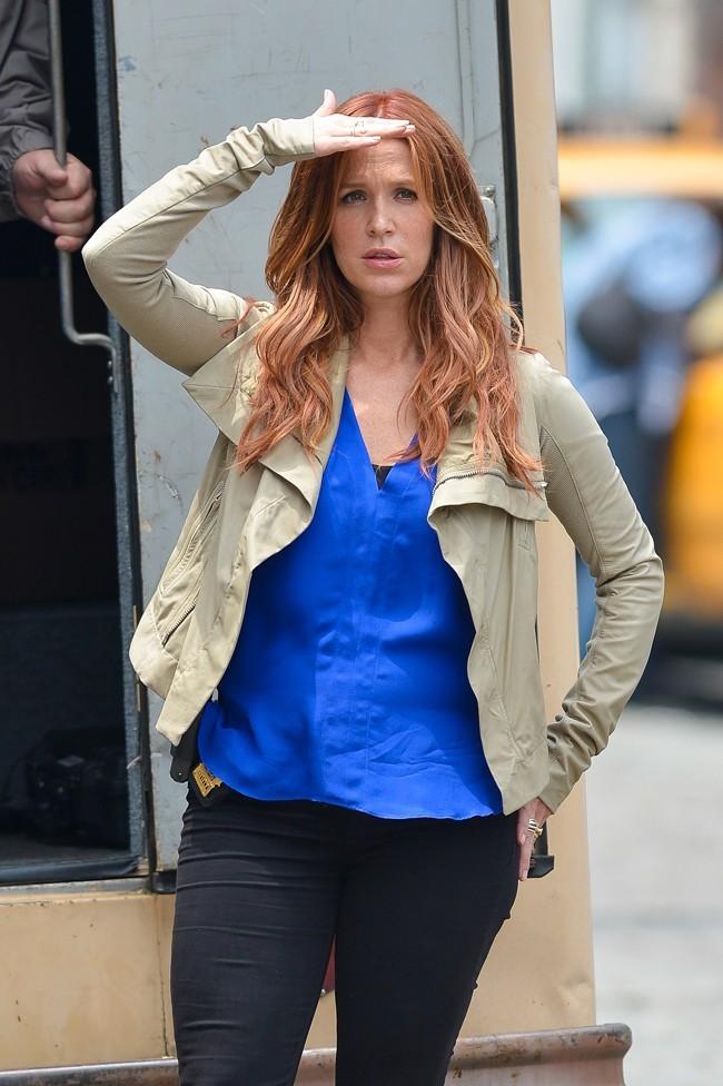Poppy Montgomery sur le tournage d'Unforgettable à New-York le 29 mai 2013
