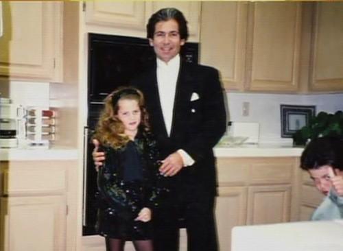 Photos : premier aperçu de David Schwimmer en Robert Kardashian : crédible ?