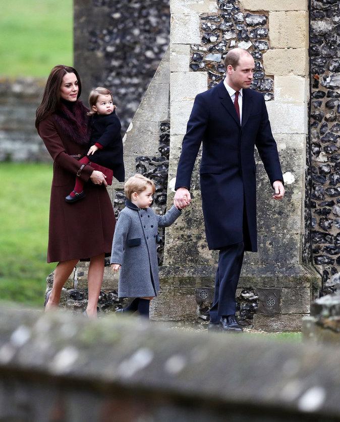 Première messe de Noël pour le Prince George et la Princesse Charlotte sans la reine Elizabeth II