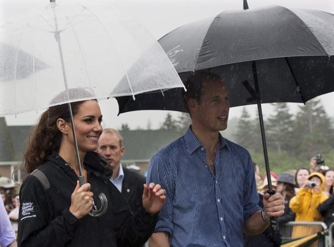 Ils bravent la pluie pour rencontrer les Canadiens