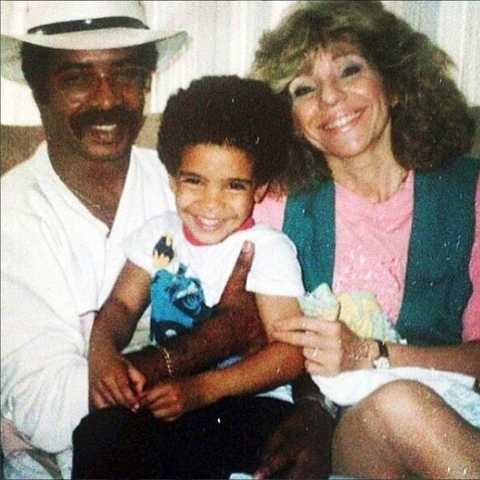 Drake et ses parents en 1989