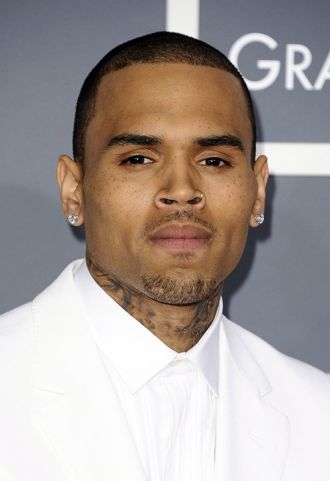 Ses ennemis : Chris Brown