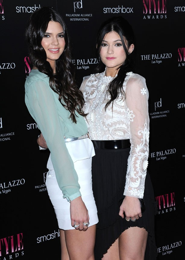 Kendall et Kylie Jenner hier aux Style Awards !