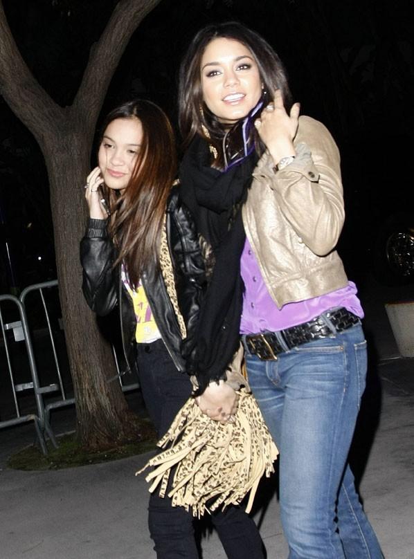 Stella et sa grande soeur Vanessa Hudgens !