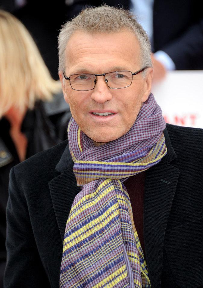 TOP - Laurent Ruquier (On n'est pas couché, France 2) : coût horaire de 32 euros pour 1000 téléspectateurs.